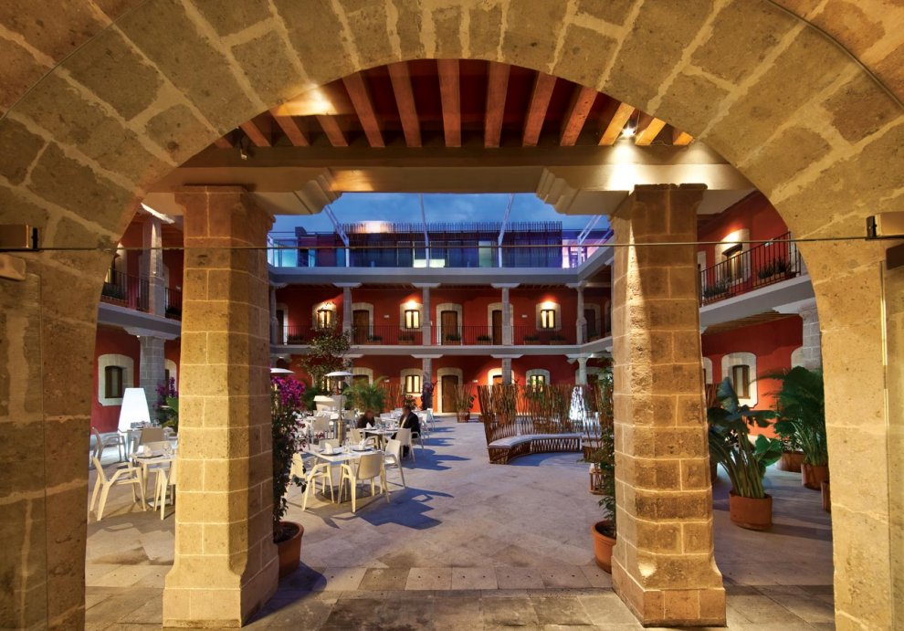Hotel boutique hotel boutique de cort s paseo de la for Hotel boutique hotel