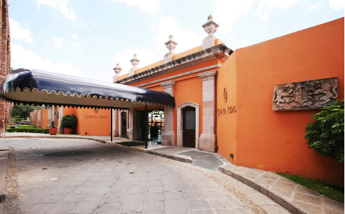 Hotel boutique hotel quinta real zacatecas m xico - Pinturas para fachadas exteriores fotos ...