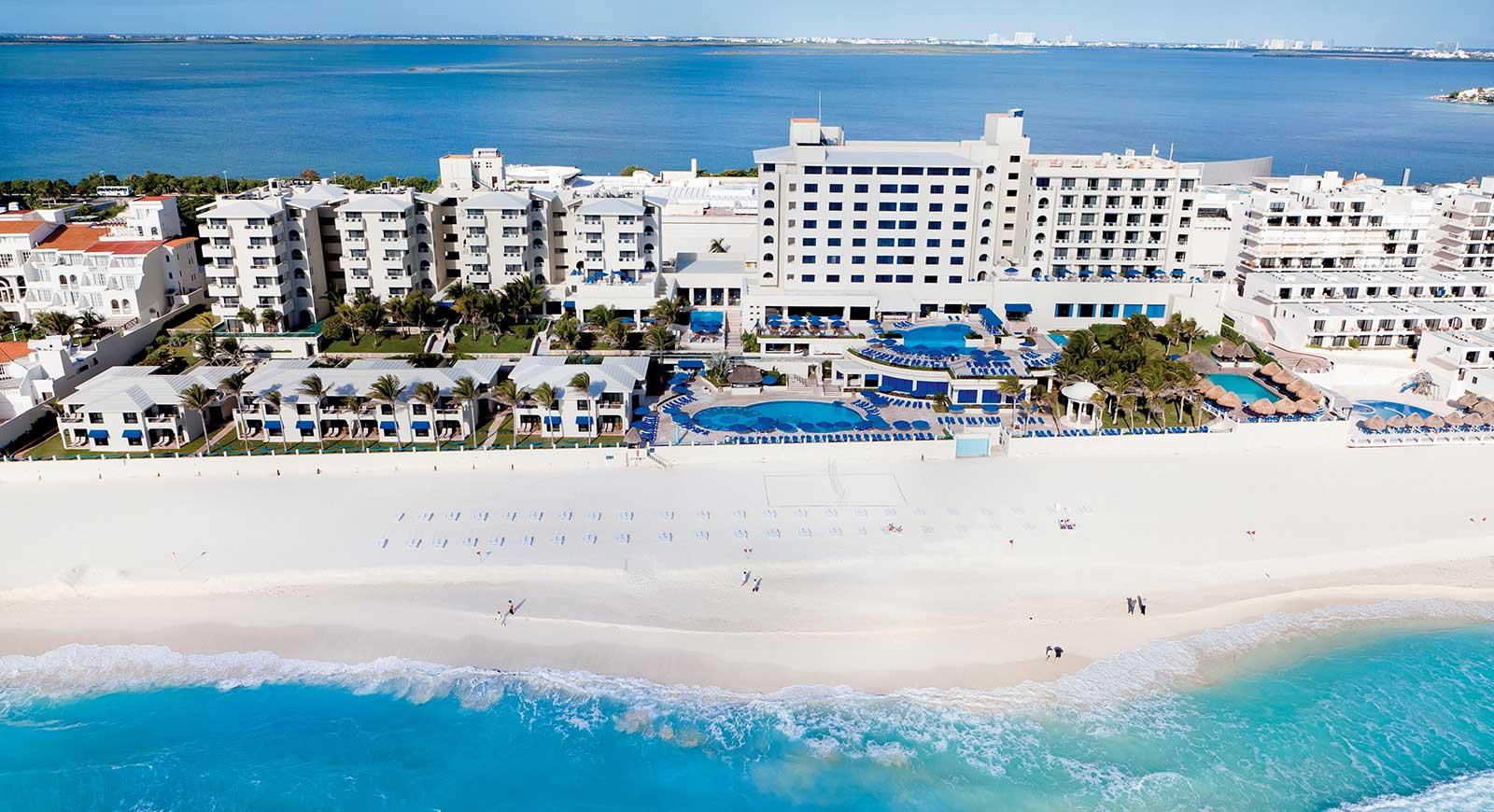245-views-hotel-barcelo-tucancun-beach_tcm21-32806