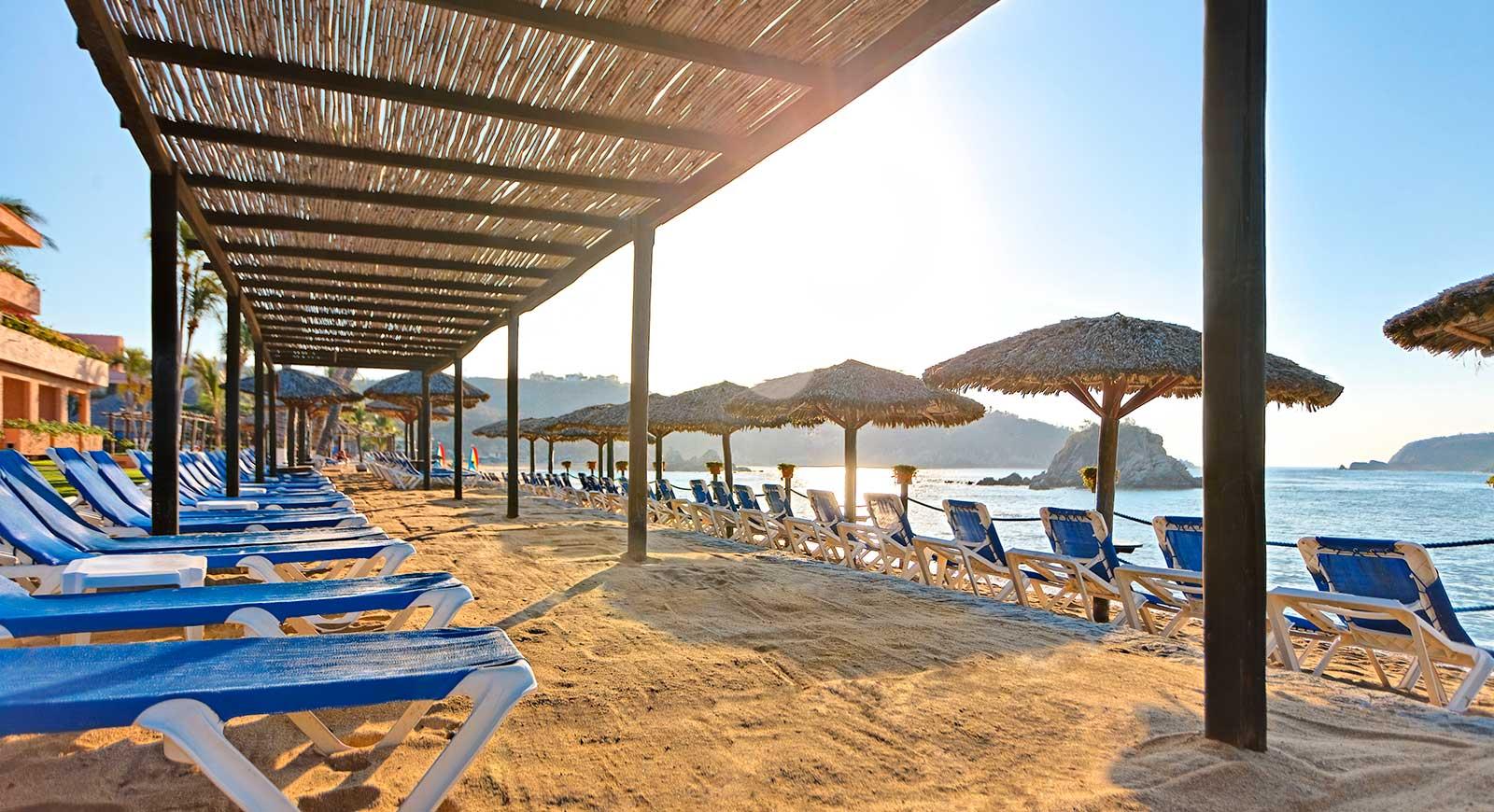 68-beach-1-hotel-barcelo-huatulco-beach_tcm7-31023